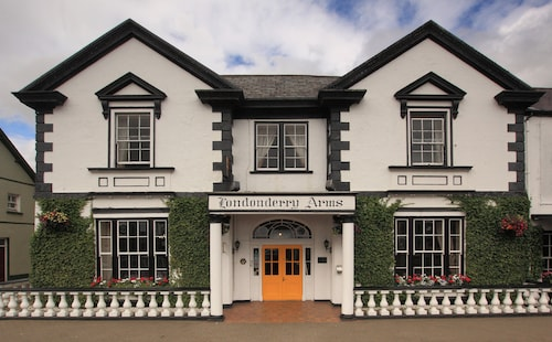 . Londonderry Arms Hotel