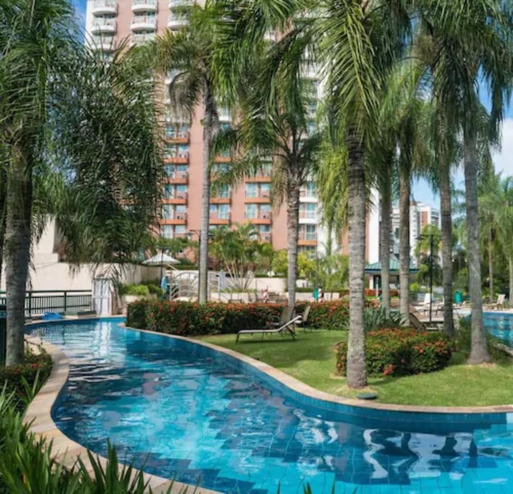 Hotel Plaza Barra First