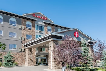 Hotel - Ramada by Wyndham High River