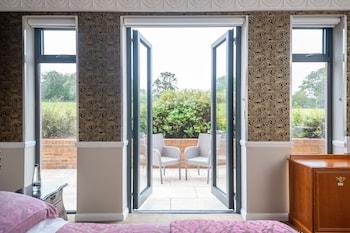 Feature Room - Garden Terrace