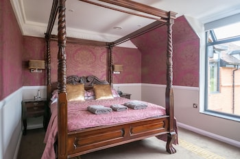 Feature Room - Four Poster
