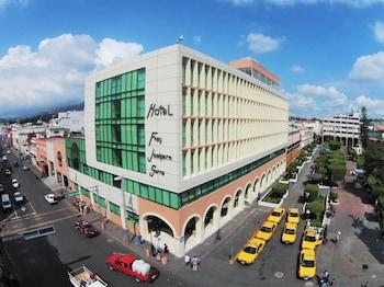 Hotel - Fray Junipero Serra