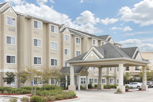 . Microtel Inn & Suites by Wyndham Baton Rouge Airport