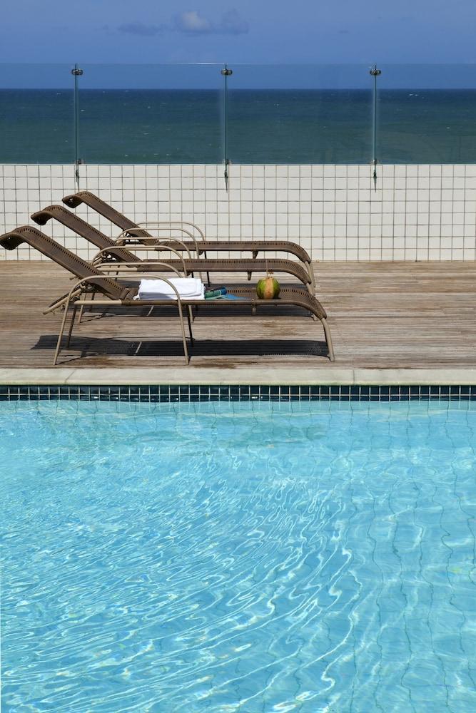 인터시티 나타우(Intercity Natal) Hotel Image 6 - Pool