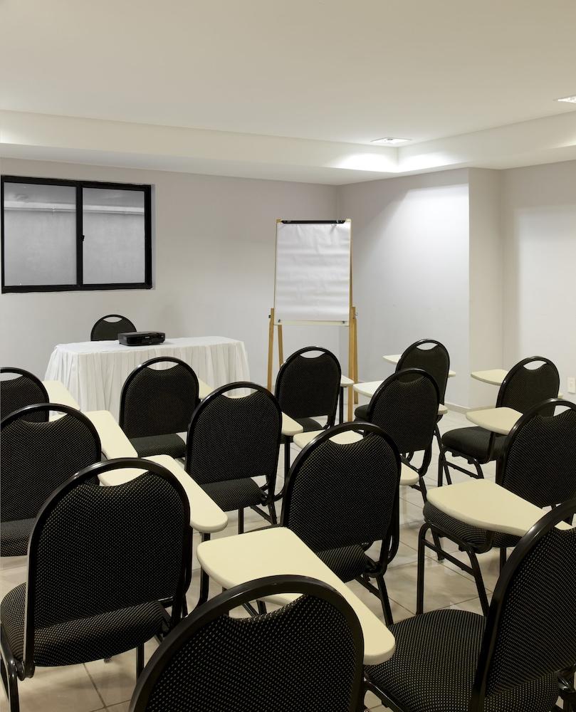 인터시티 나타우(Intercity Natal) Hotel Image 47 - Meeting Facility