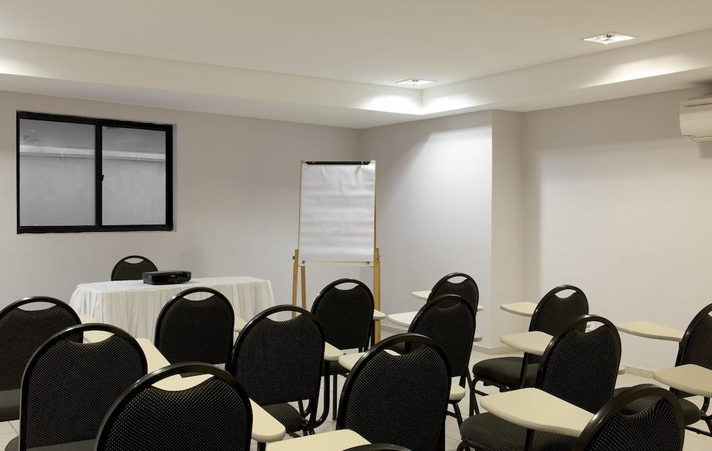 인터시티 나타우(Intercity Natal) Hotel Image 50 - Meeting Facility