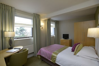 Hotel - The Lensbury