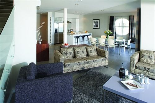 The Waterfront Suites - Heritage Collection, Far North