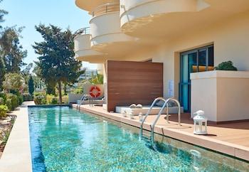 Double Room (Swim Up)