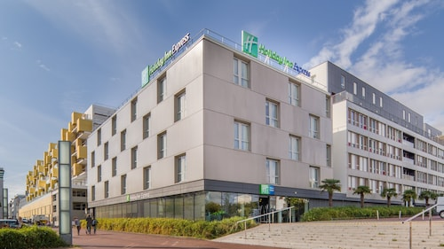 . Holiday Inn Express Saint-Nazaire