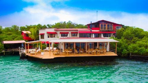 Galapagos Habitat By Eco Luxury Group, Santa Cruz