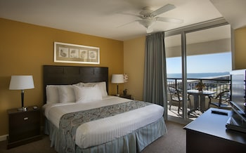 Guestroom at Tilghman Beach And Golf Resort in North Myrtle Beach