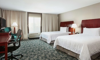 Room, 2 Queen Beds, Accessible (Mobility & Hearing, Roll-In Shower)