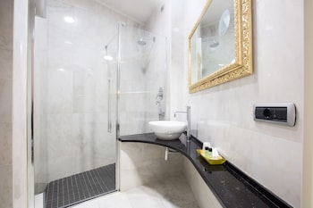 Relais Hotel Centrale - Residenza D 'Epoca - Bathroom  - #0