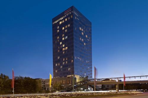 . Marriott Executive Apartments Atyrau