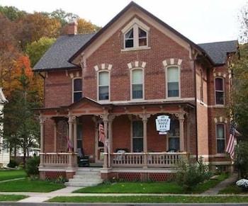 . Stauer House B & B