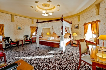 Deluxe Room, Tower