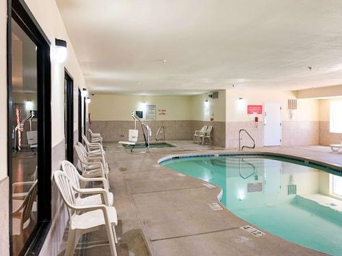 . Motel 6 Hobbs, NM - Event Center