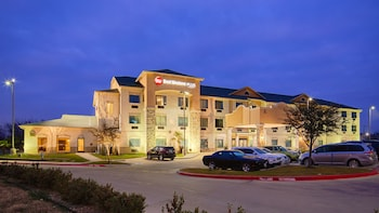 Hotel Front - Evening/Night at Best Western Plus Burleson Inn & Suites in Burleson