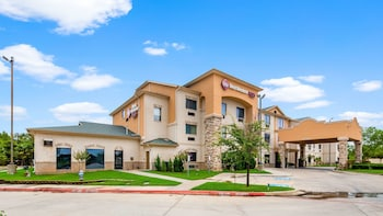 Hotel - Best Western Plus Burleson Inn & Suites