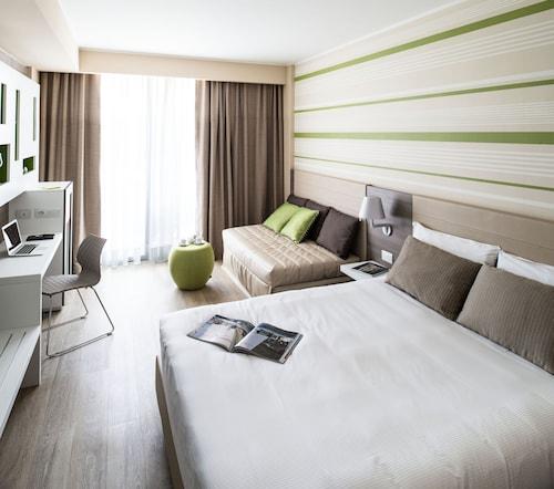 . Enjoy Garda Hotel