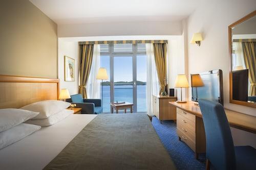 . Aminess Grand Azur Hotel