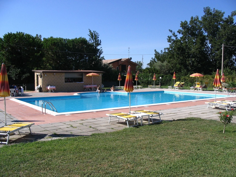Villaggio Artemide, Imagen destacada