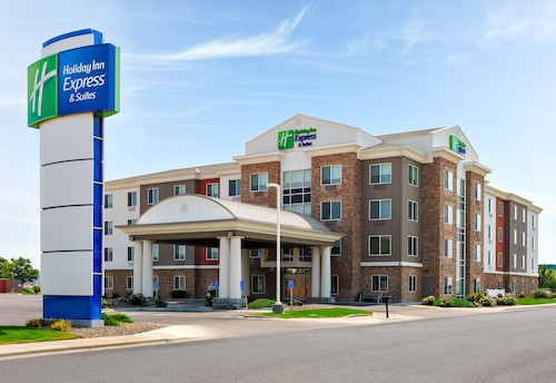 . Holiday Inn Express & Suites Ontario, an IHG Hotel