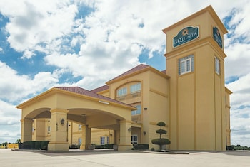 Hotel - La Quinta Inn & Suites by Wyndham Bridgeport