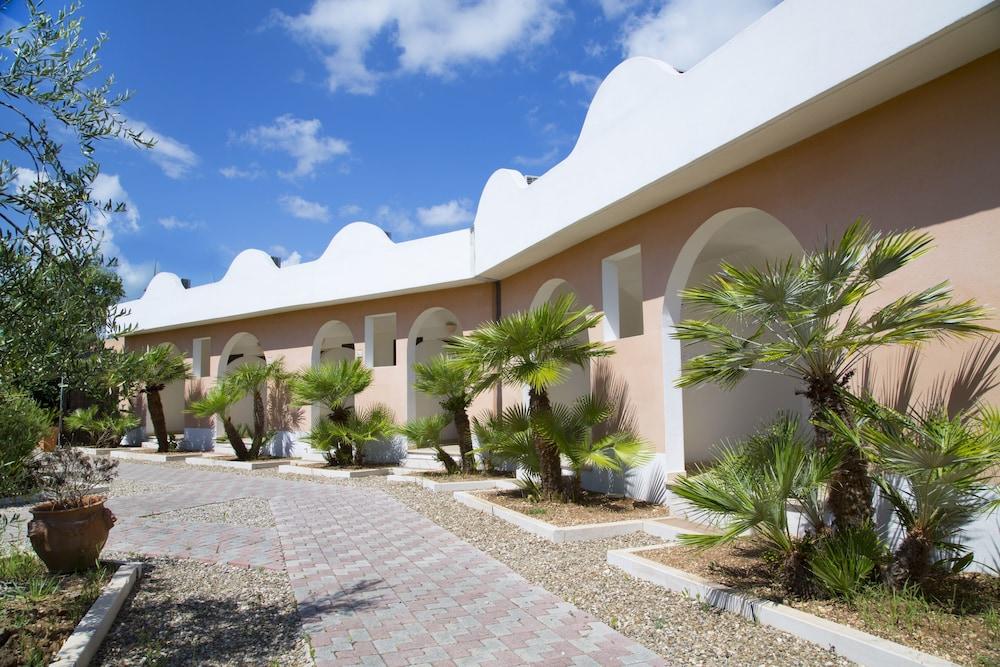 가든 호텔 리파(Garden Hotel Ripa) Hotel Image 70 - Exterior