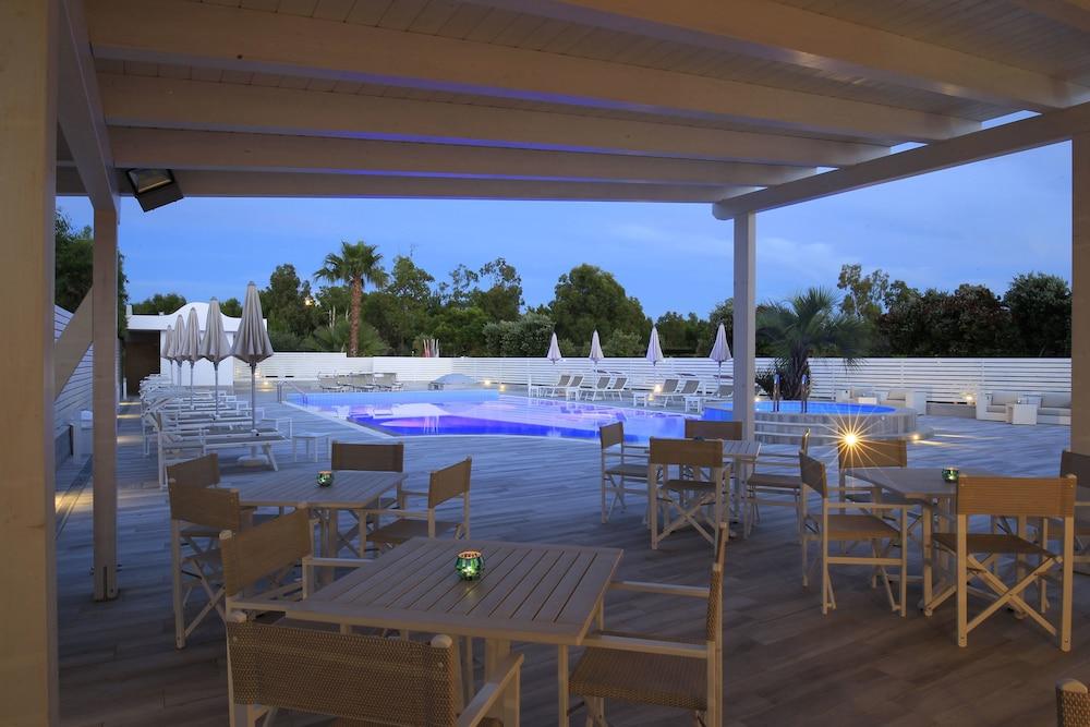 가든 호텔 리파(Garden Hotel Ripa) Hotel Image 4 - Pool