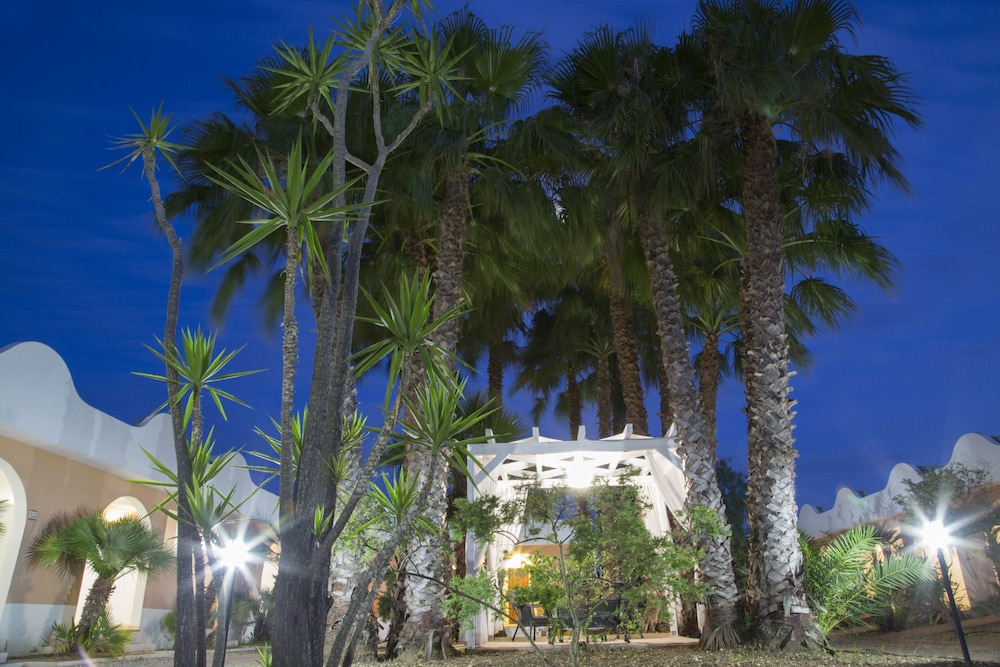 가든 호텔 리파(Garden Hotel Ripa) Hotel Image 67 - Gazebo