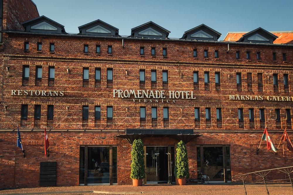 프롬나드 호텔