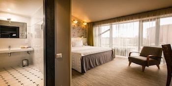 Hotel - Promenade Hotel
