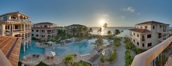 Hotel - Coco Beach Resort