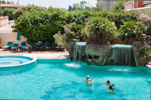 . Hotel Maria Rosaria