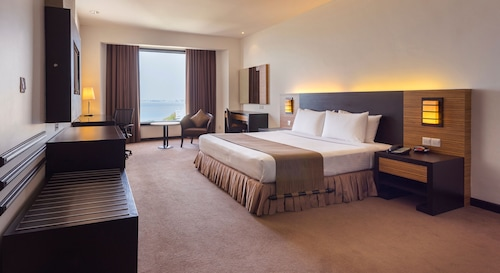 __{offers.Best_flights}__ Bayview Hotel Georgetown Penang