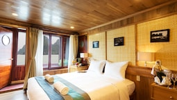 Premium Room, 1 Double Or 2 Twin Beds, Balcony, Sea View