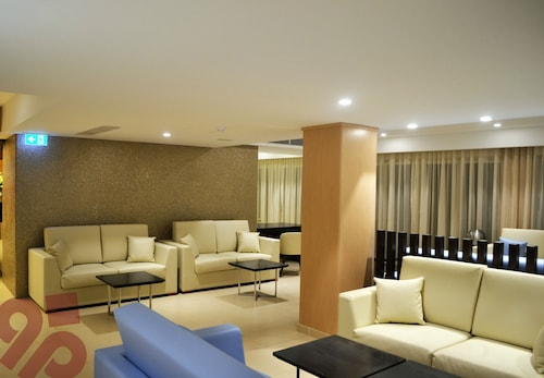 Qawra Palace Hotel,