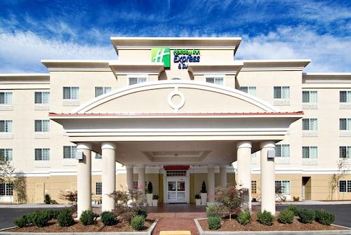Holiday Inn Express & Suites Klamath, Klamath