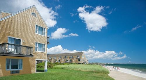 . Ocean Mist Beach Hotel & Suites