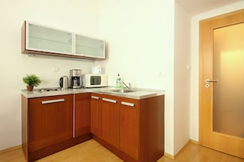 Theatre Residence Apartments - Guestroom  - #0