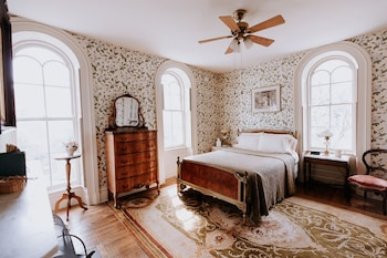 Standard Tek Büyük Yataklı Oda, Banyolu/duşlu, Bahçe Manzaralı (magnolia Room)