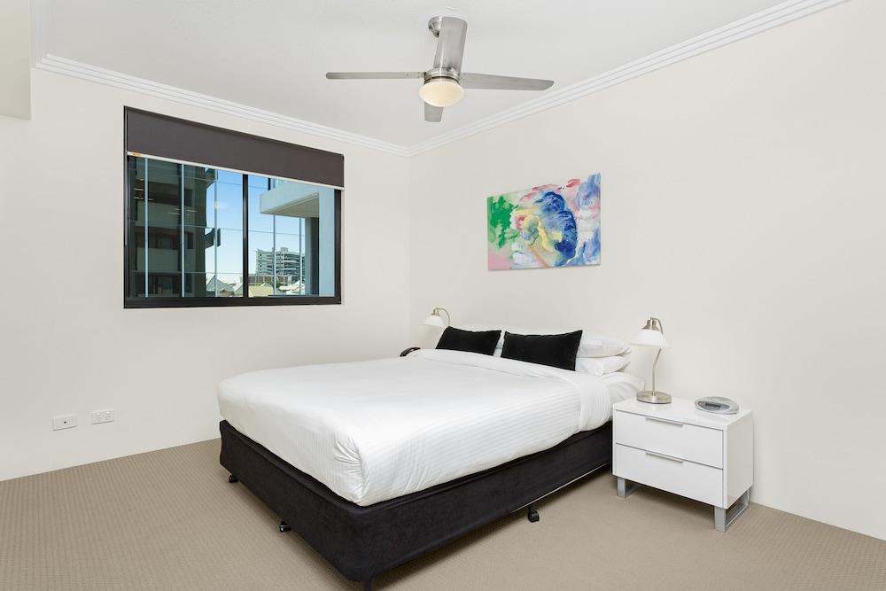 리퍼블릭 아파트먼츠(Republic Apartments) Hotel Image 5 - Guestroom