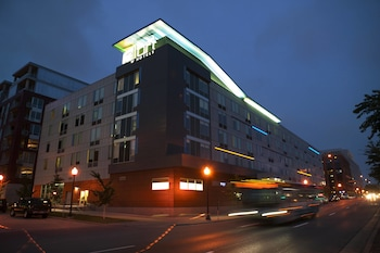 Hotel - Aloft Minneapolis