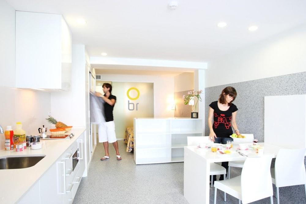 아파르타멘토스 믹스 바히아 레알(Apartamentos Mix Bahia Real) Hotel Image 23 - In-Room Dining