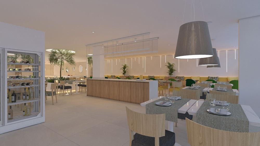 JS 에스 코르소(JS Es Corso) Hotel Image 36 - Restaurant