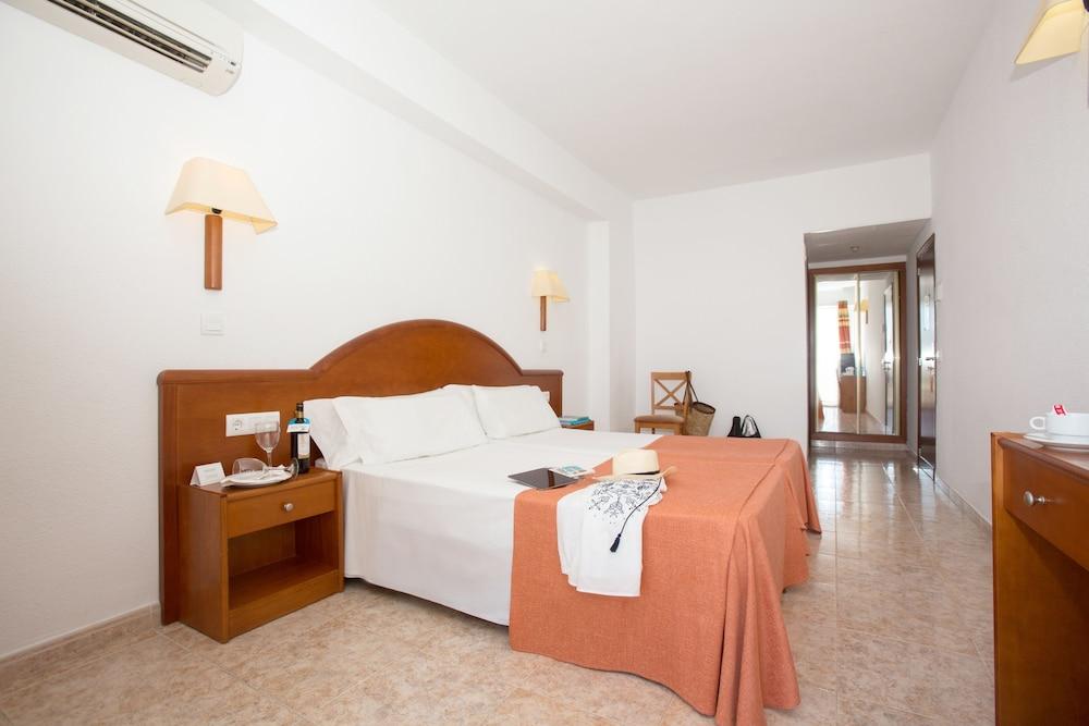 호텔 피시스 - 성인전용(Hotel Piscis - Adults Only) Hotel Image 9 - Guestroom