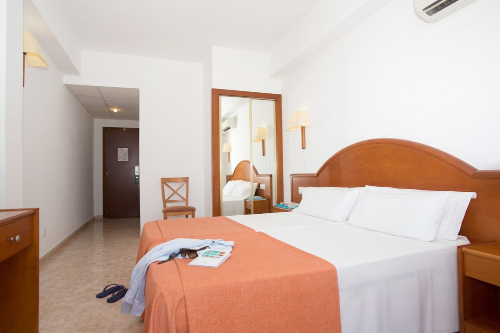 호텔 피시스 - 성인전용(Hotel Piscis - Adults Only) Hotel Image 7 - Guestroom