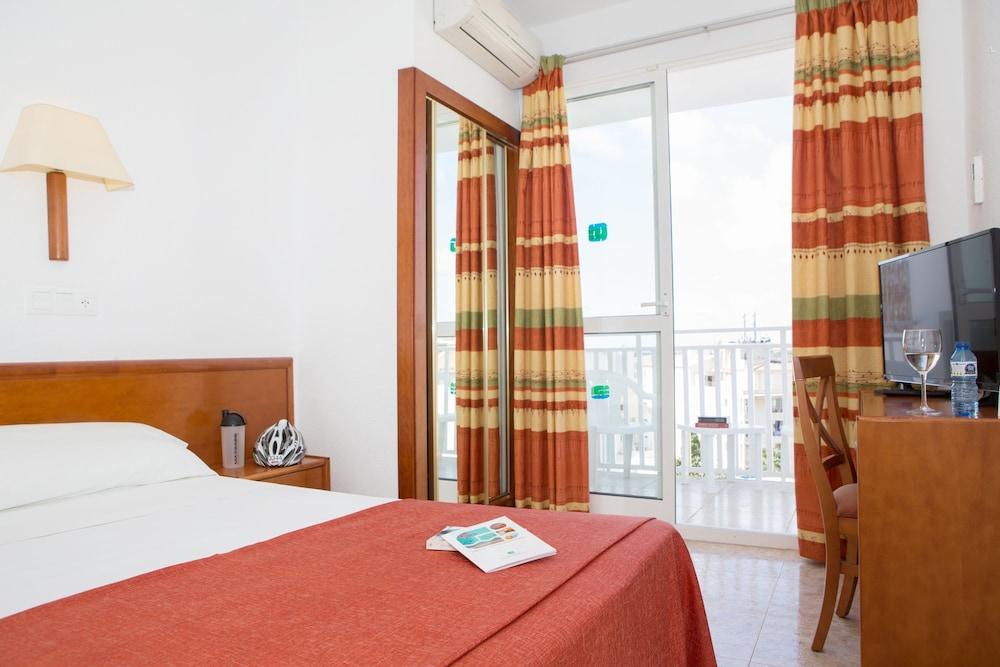 호텔 피시스 - 성인전용(Hotel Piscis - Adults Only) Hotel Image 4 - Guestroom